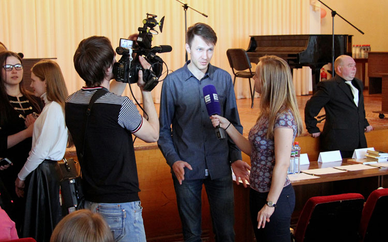 Творческая встреча с поэтом Виталием Лысенко