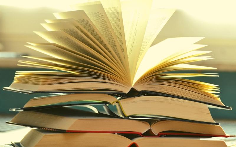 Завершается приём заявок на смотр-конкурс литературных объединений имени сибирского писателя Анатолия Чмыхало