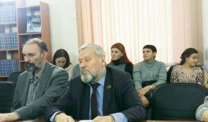 Круглый стол писаталей_04