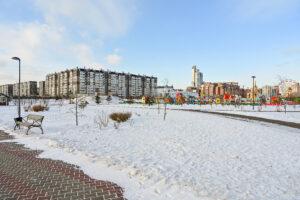 Вид в сторону ул. Молокова и детский городок